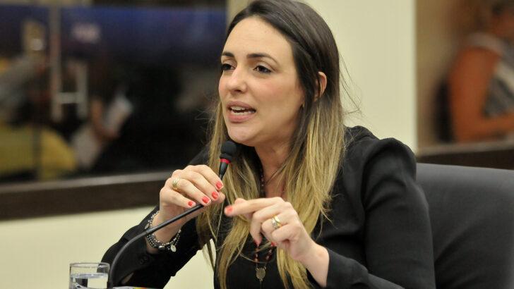 Vereadora de natal ana paula sugere consulta pública à população para mudança de nome da av. bernardo vieira