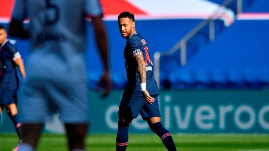 Neymar é expulso, psg é derrotado pelo lille e perde liderança no francês