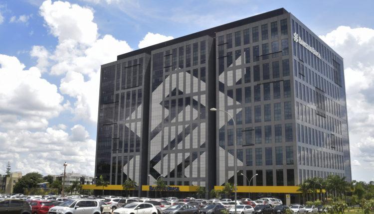 Presidente do conselho de administração do banco do brasil renuncia