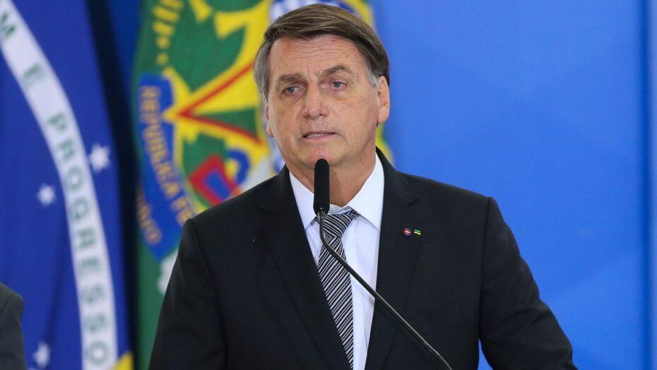 """Bolsonaro diz que vai recompor cortes no orçamento """"brevemente e pelas vias legais""""; entenda"""