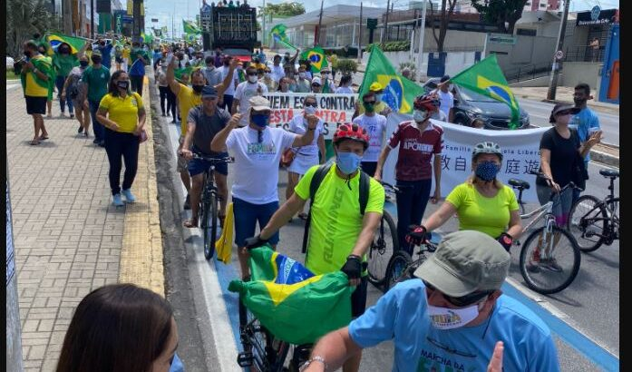 Grupos religiosos participam em natal de marcha da família cristã pela liberdade; manifestação critica decisão do stf sobre cultos e missas