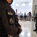 Cinco secretários municipais foram afastados dos cargos em operação do mprn; entenda como funcionava esquema de fura-fila no sus