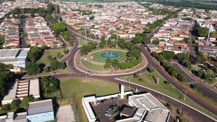 Após vacinação em massa, cidade paulista está sem intubar pacientes desde 28 de março, afirma prefeito