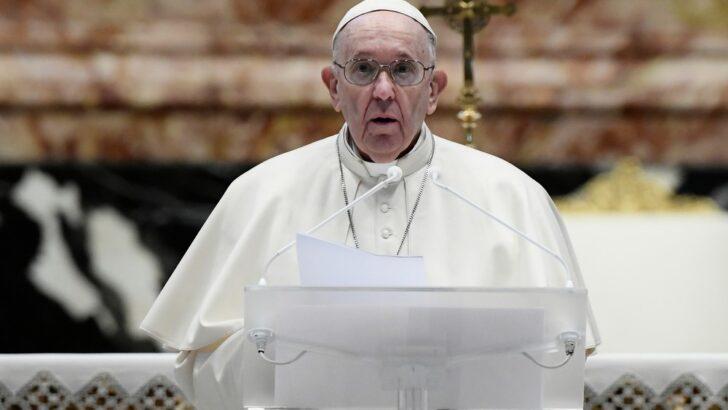 Na mensagem de páscoa, papa francisco pede que vacinas contra covid-19 sejam distribuídas a países pobres