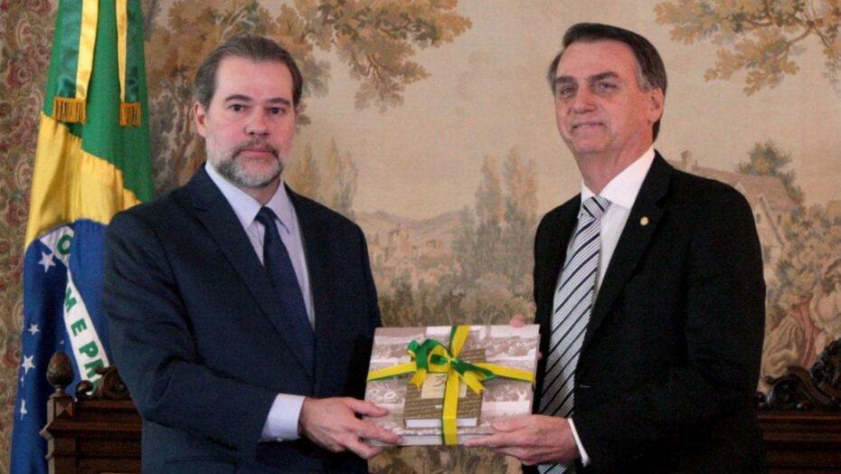 """Moraes e toffolii: stf está agindo porque há """"vácuo de liderança"""" na política"""