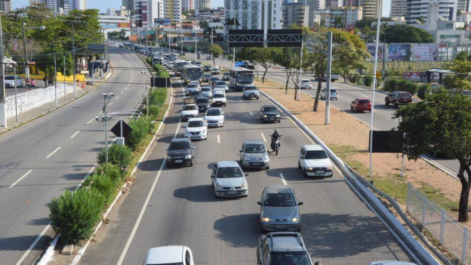 Nova lei de trânsito entra em vigor nesta segunda-feira 12; veja as alteraÇÕes