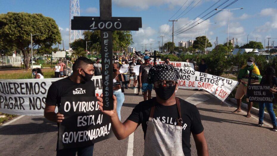 Protesto pede reabertura imediata de todos os setores nesta quinta-feira em natal, apesar de novo decreto autorizar medida a partir de segunda-feira 5