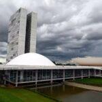 Frente de prefeitos diz ver 'cortina de fumaça' em ampliação da cpi da covid; entenda