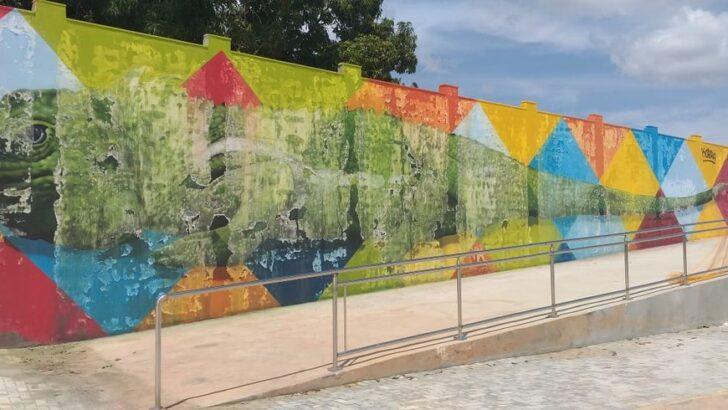Pintura em parque que custou r$ 400 mil derrete e artista se compromete a restaurar obra