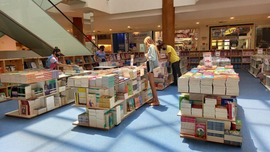 Shopping de natal recebe 12ª edição da principal feira de livros do país
