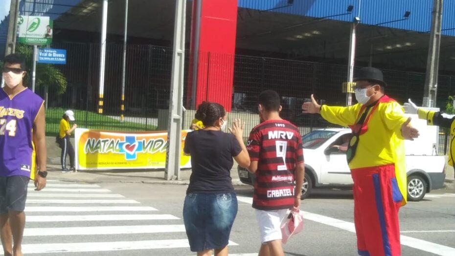 Prefeitura do natal investe em campanha de faixa de pedestre para salvar vidas no trânsito