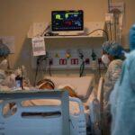Mortalidade de pacientes de covid-19 com até 45 anos sobe 193%, aponta pesquisa