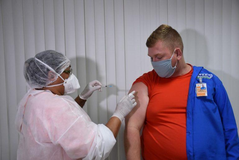 Vacinação cont de trabalhadores do aeroporto de natal