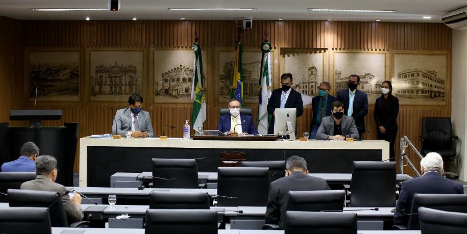 Projeto aprovado na câmara municipal de natal determina igualdade nas premiações para mulheres e homens