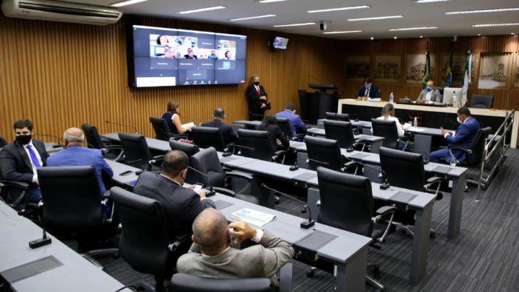 Educação: vereadores de natal aprovam projeto de reestruturação do fundeb