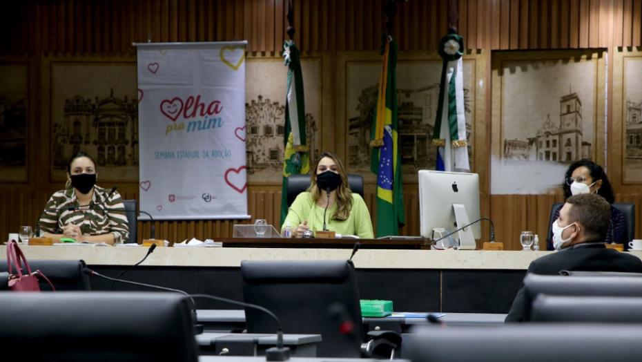 Lei que institui multa para agressores de mulheres é aprovada em comissão da câmara municipal de natal