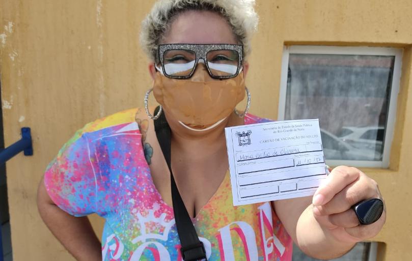 Ativistas organizam mutirão para combater a gordofobia e garantir a vacinação de pessoas gordas