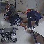 Vídeo de homem negro morto em prisão após policiais usarem eletrochoque gera indignação nos eua