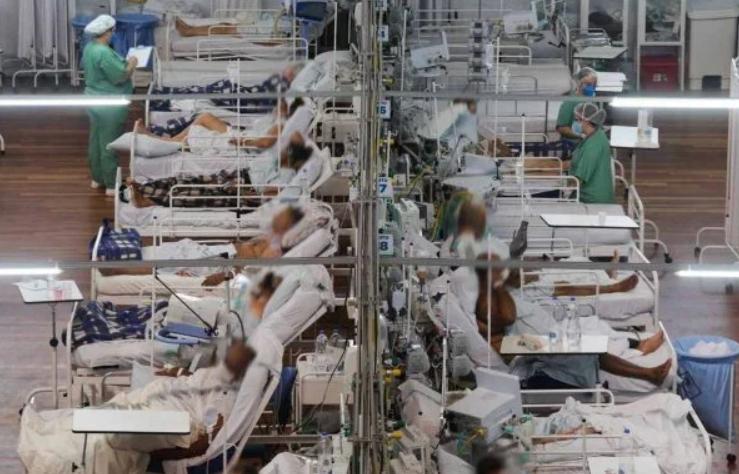 Brasil tem 874 mortes por covid em 24h e média móvel continua a subir