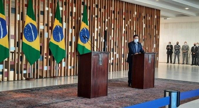 """Mourão reclama de ausência de salles em reunião sobre amazônia: """"falta de educação"""""""