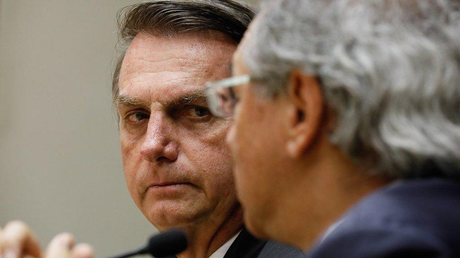 """Bolsonaro: """"eu não tirei emprego de uma pessoa no brasil"""""""