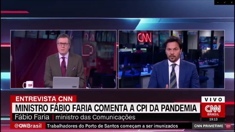 Apresentador da cnn rebate dados expostos pelo ministro fábio faria ao vivo