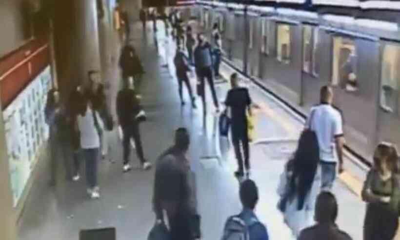 Vídeo: homem tenta empurrar mulheres nos trilhos enquanto trem se aproxima em são paulo