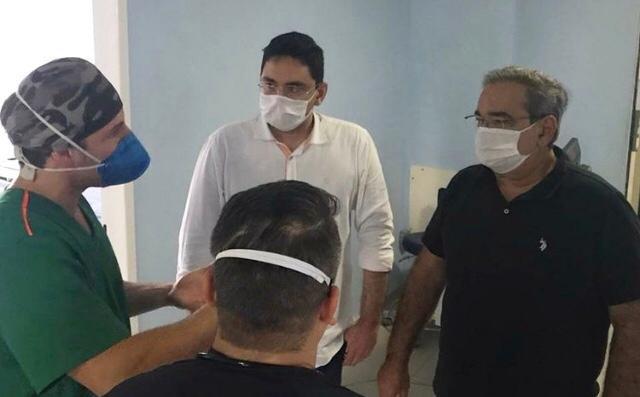 """Álvaro dias visita hospital de campanha em natal: """"salvar vidas é prioridade"""""""