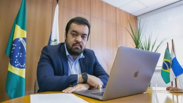 Quem é cláudio castro, o novo governador do rio de janeiro