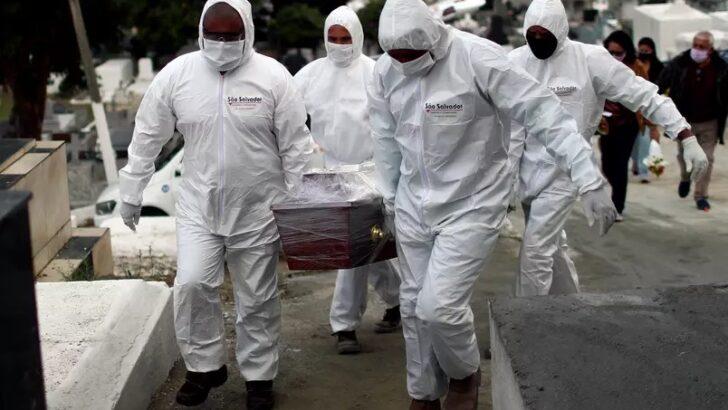 Com 2.165 mortes nas últimas 24 h, país se aproxima de 420 mil vítimas da covid