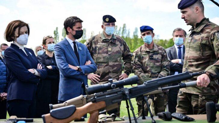 Em nova carta, 'militares da ativa' advertem macron sobre ameaças à 'sobrevivência' da frança