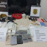 Polícia civil apreende drogas, munição de arma de fogo e rádios comunicadores na