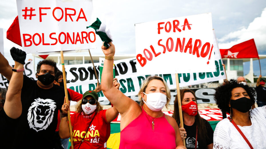 """Natal e mais de 500 cidades realizam protesto contra bolsonaro neste sábado: """"pior que o vírus"""""""