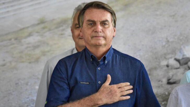 Bolsonaro é assim: faz o que dá na telha e troca de associados ao sabor dos interesses