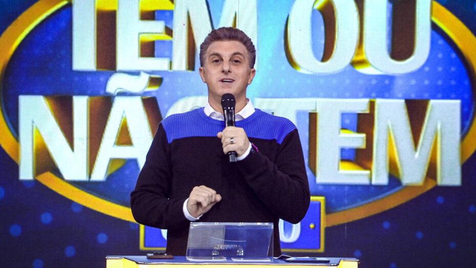 """""""domingão do huckão""""? globo estuda nomes para batizar seu domingo em 2022"""