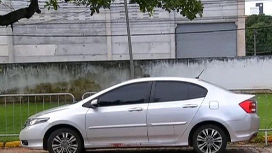 Bandido e motorista de aplicativo trocam tiros durante assalto em natal; criminoso morre após perseguição policial