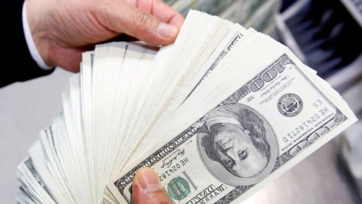 Dólar fecha em alta de 1,06% contra real, cotado a r$ 5,12