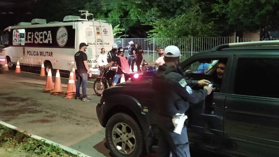 Operação lei seca autua mais de 100 motoristas por embriaguez ao volante em natal