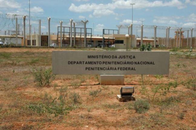 Membros apontados como líderes do pcc são transferidos de unidades prisionais paulistas para penitenciária federal de mossoró