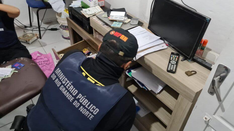 Operação do mprn prende estelionatário que agia contra idosos; golpes somam r$ 1 milhão