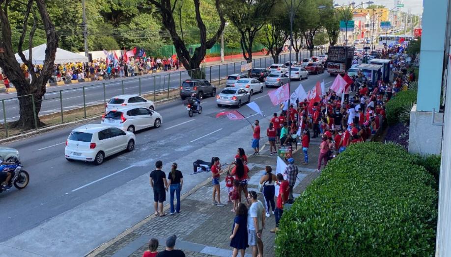 Rn: protesto contra bolsonaro anima oposição, mas não intimida aliados do presidente