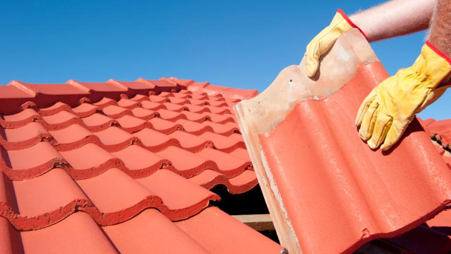 Venda de telhas com defeito gera indenização para consumidora no rn