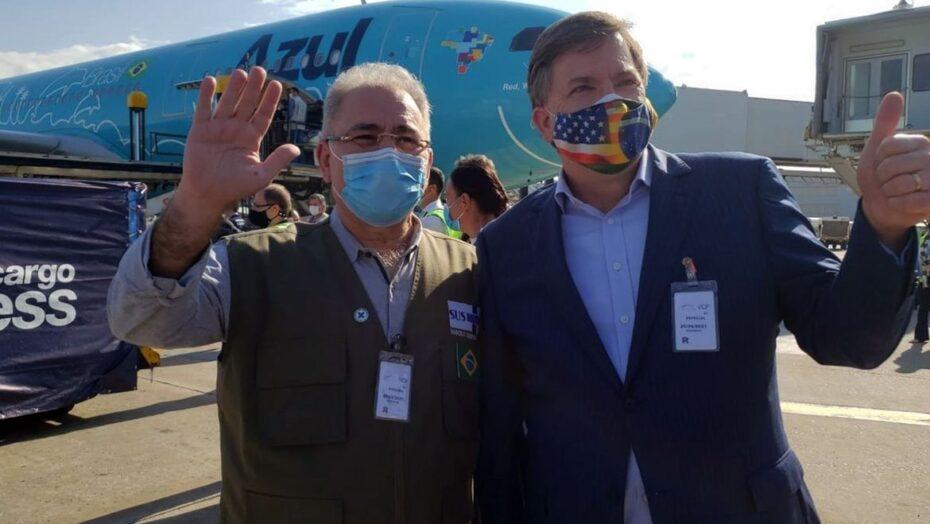 Lote doado pelos eua com 3 milhões de doses da vacina da janssen chega ao brasil