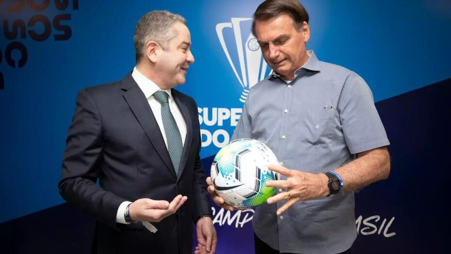 Jair bolsonaro nega que tenha pedido para tirar tite da seleção brasileira