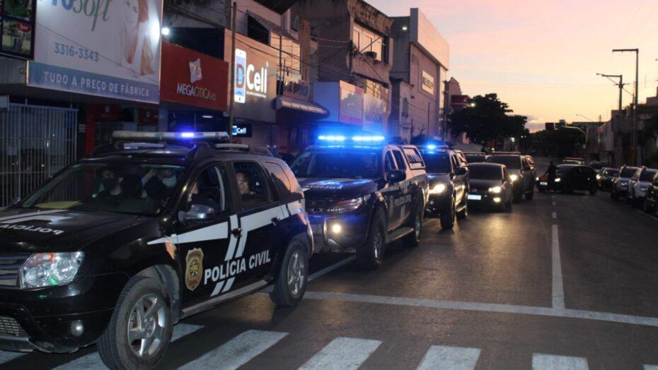 """Polícia civil deflagra operação """"carcará"""" em mossoró; homem é preso"""