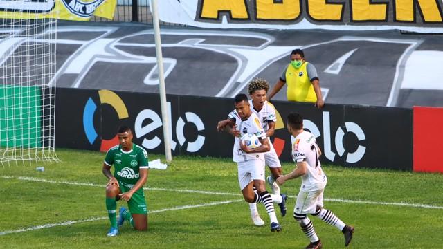 Abc vence chapecoense por 3×0, elimina equipe catarinense e avança na copa do brasil