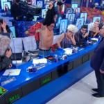 Ratinho se irrita com sérgio mallandro, que fica seminu ao vivo no sbt