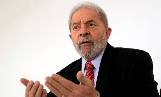 Lula vê chances mínimas de 'superpedido' de impeachment de bolsonaro avançar, mas defende movimento