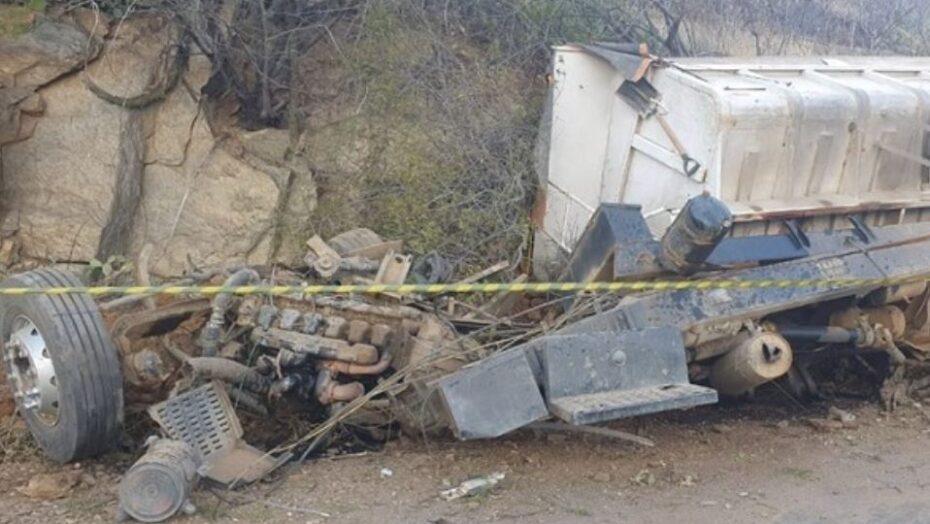 Caminhão capota e motorista do veículo morre no seridó potiguar