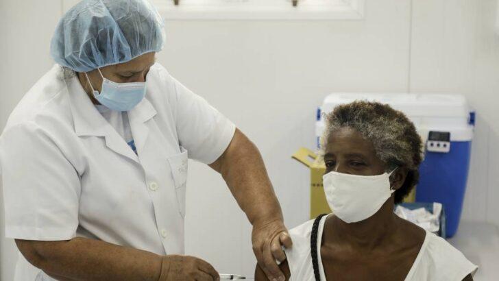 x RI Rio de Janeiro RJ Pandemia de coronavirusprefeitura volta a vacinar c jpg pagespeed ic hiCRoqWB